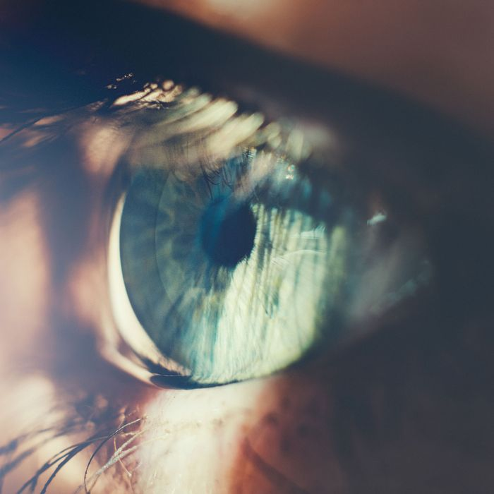 Keep Your Eyes Open Slow Down Wear >> What It Means When Your Life Flashes Before Your Eyes Science Of Us