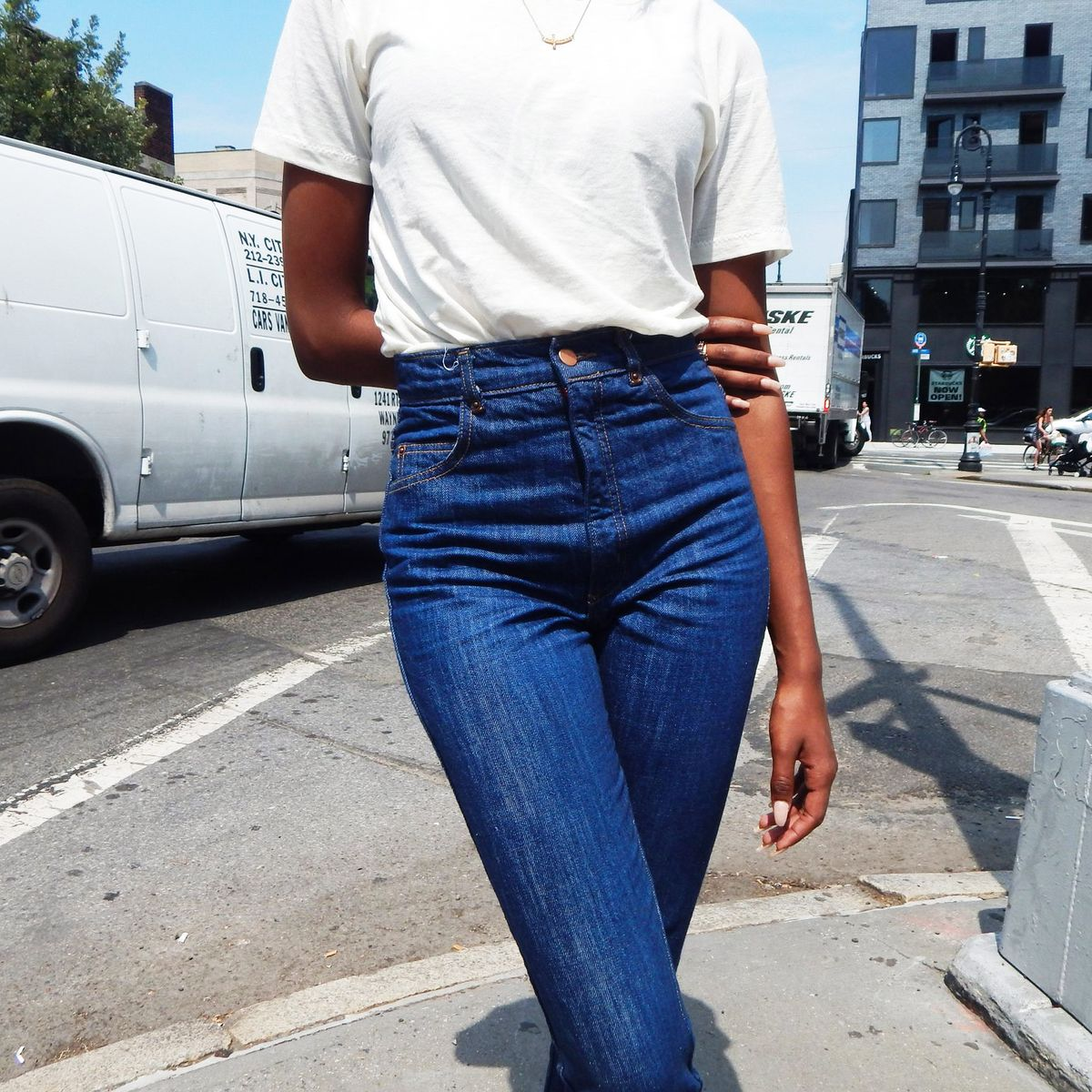 f1bd0fd276e The Best High-Waisted Jeans for Sitting, According to Stylish Women