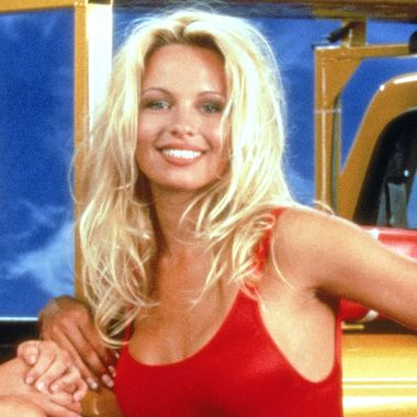 Pamela Anderson Joins Dwayne Johnson's Instagram, Er, the Baywatch ...
