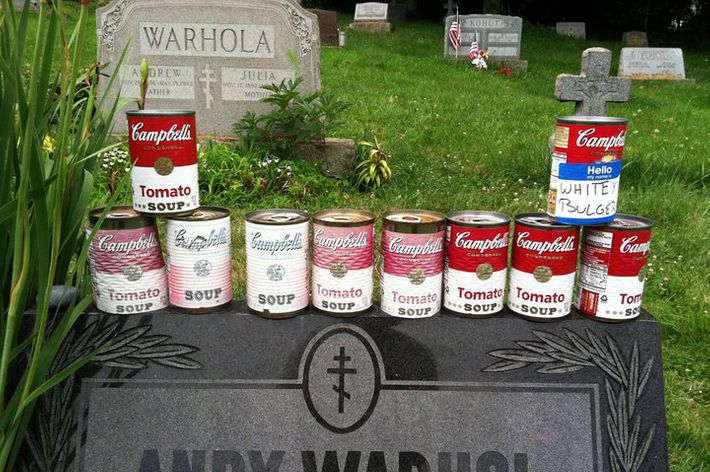 andy warhol 100 campbells soup cans analysis essay