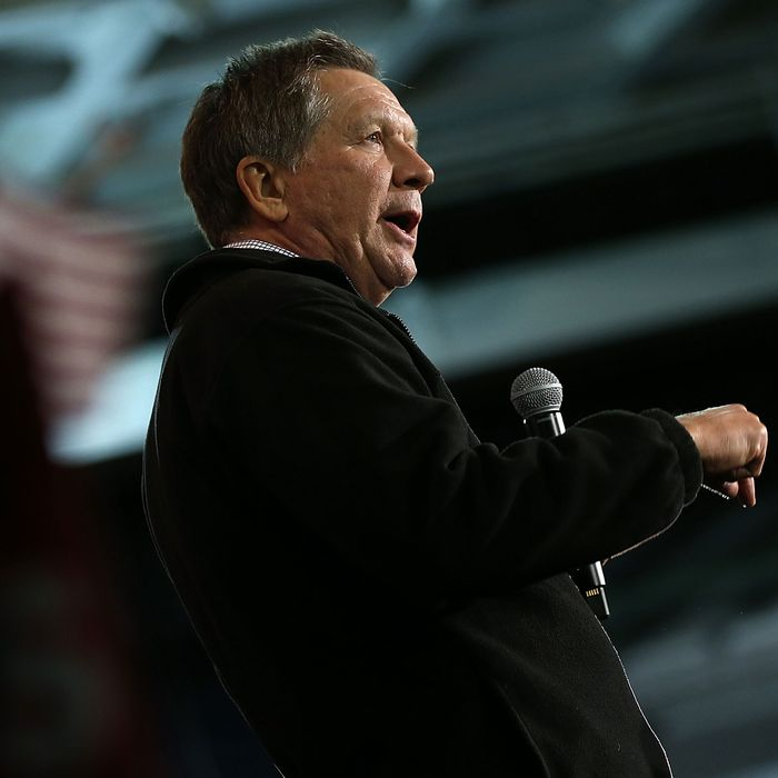 John Kasich Holds Campaign Event At USS Yorktown One Day Before SC Primary