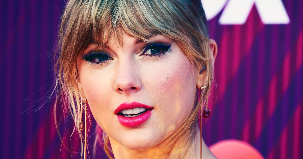 Taylor Swift Hid Music Clues in Nashville Butterfly Mural