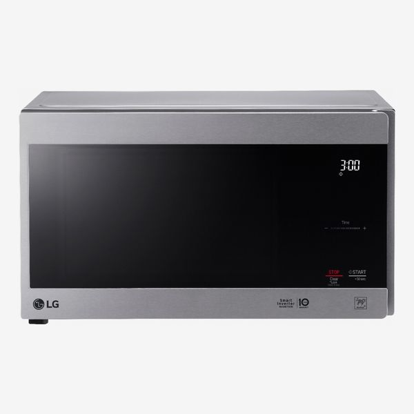 LG NeoChef 0.9 Cu. Ft. Compact Microwave