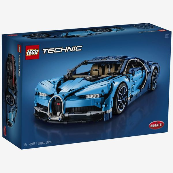 LEGO Technic Bugatti Chiron, Ages 16+