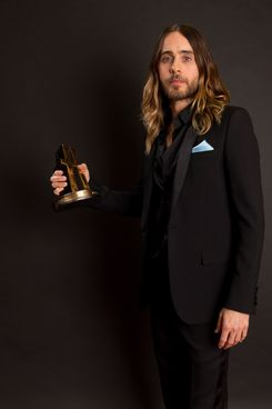BEVERLY HILLS, CA - OCTOBER 21:  Actor Jared Leto poses with the Hollywood Breakout Performer Award for 'Dallas Buyers Club' in the portrait studio during the 17th annual Hollywood Film Awards at The Beverly Hilton Hotel on October 21, 2013 in Beverly Hills, California.  (Photo by Christopher Polk/Getty Images for DCP)