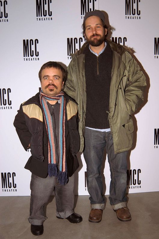 Peter Dinklage, Paul Rudd==Opening Night After-Party for the Premiere of the Play FAT PIG==Robert Miller Gallery, NYC==December 15,2004.