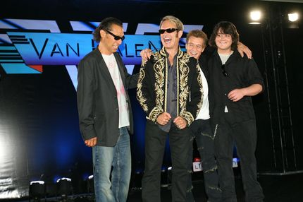 LOS ANGELES, CA - AUGUST 13:  (L-R) Alex Van Halen, David Lee Roth, Eddie Van Halen and Wolfgang Van Halen pose at the Van Halen press conference announcing their new tour at the Four Seasons Hotel on August 13, 2007 in Los Angeles, California.  (Photo by Michael Buckner/Getty Images) *** Local Caption *** Alex Van Halen;David Lee Roth;Eddie Van Halen;Wolfgang Van Halen