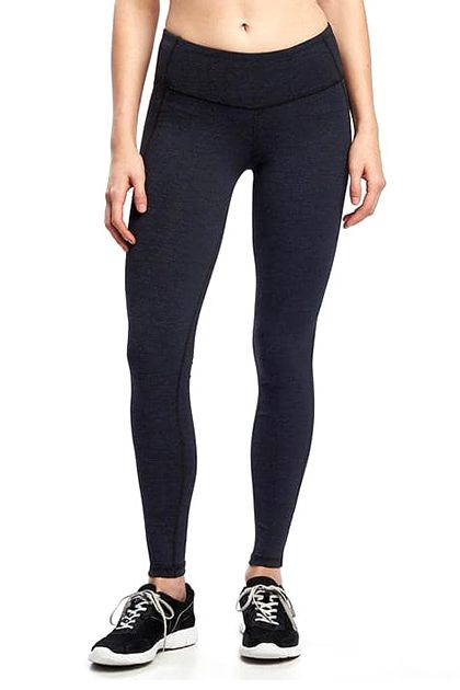 Experience snug fit and ultimate comfort with plus size leggings from Old Navy. Solid Color Leggings Work with Anything. With women's plus size leggings from Old Navy, you'll have versatile bottoms that can work well with a skirt or dress, or serve as pants in their own right. Dark solid color leggings in plus size can make any top come alive.