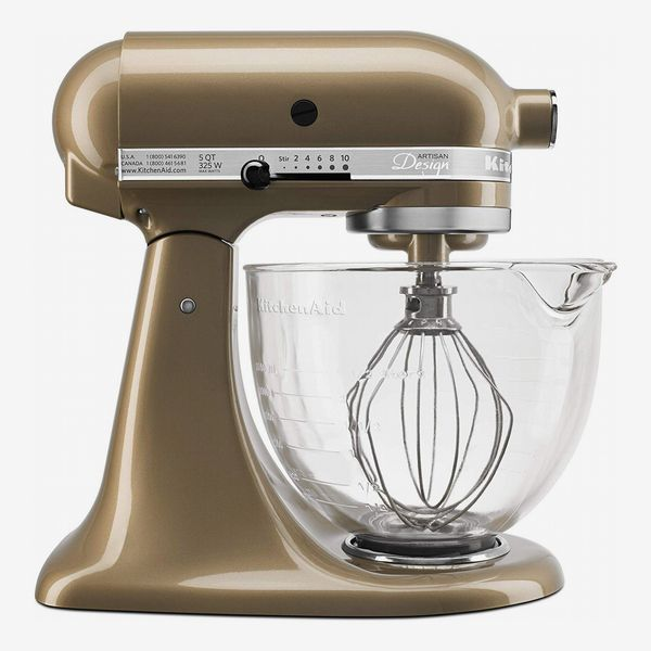 KitchenAid 5 qt. Artisan Design Series Stand Mixer With Glass Bowl in Champagne