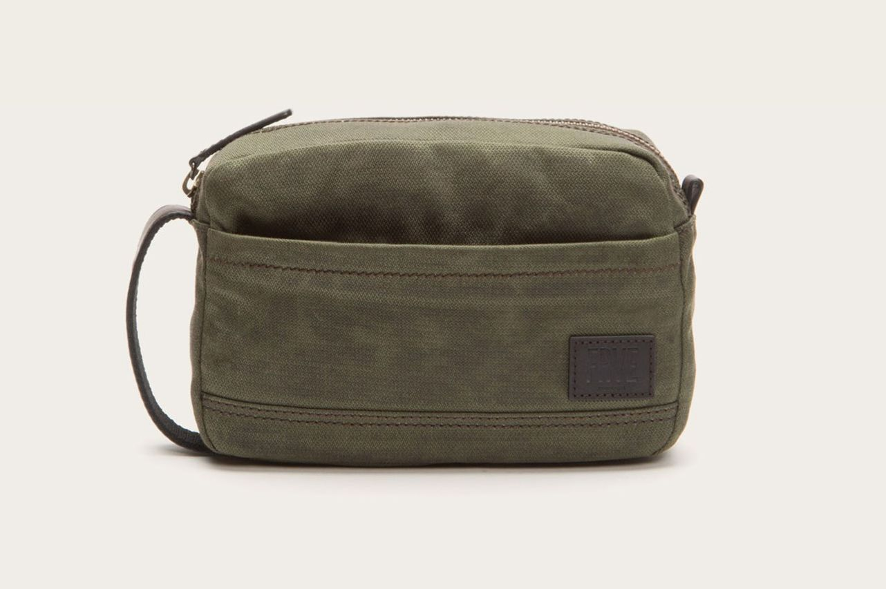 191658e1a657cc 13 Best Dopp Kits and Toiletry Bags for Men 2019