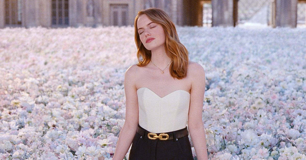 Emma Stone Is Really Good at Doing Things in Slow Motion