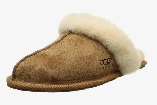 UGG Women's Scuffette II Slipper