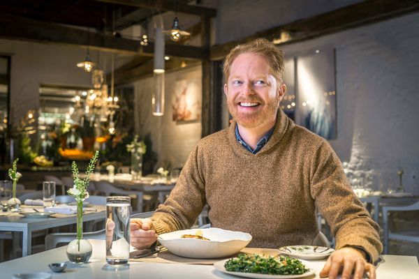 Jesse Tyler Ferguson Orders His Flat Whites With an Australian Accent