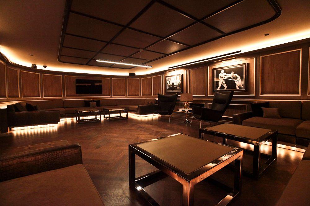 http://pixel.nymag.com/imgs/daily/grub/2012/01/13/13_4040club.jpg