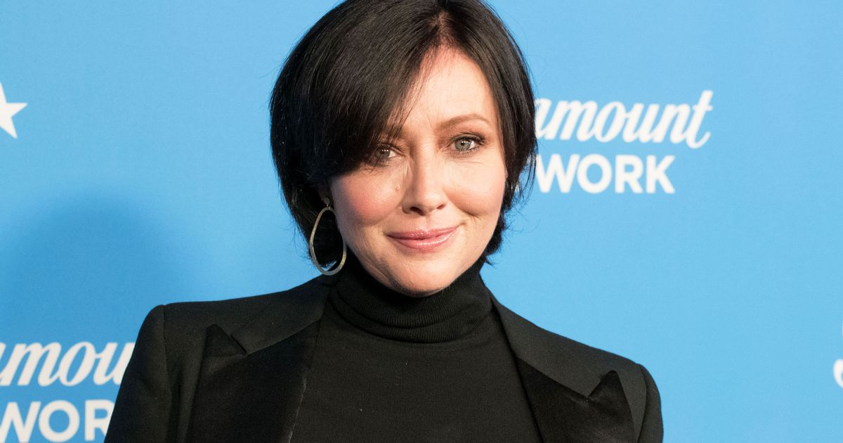 Shannen Doherty Joins Beverly Hills 90210 Reboot BH90210  Shannen Doherty...