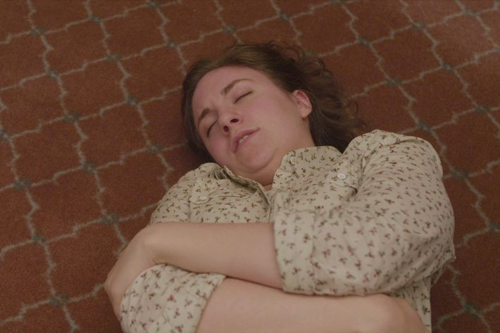 'Girls' Breastfeeding Finale Gave An Honest Look At New Motherhood