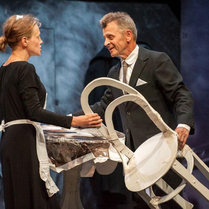 Mikhail Baryshnikov and Anna Sinyakina perform a scene in