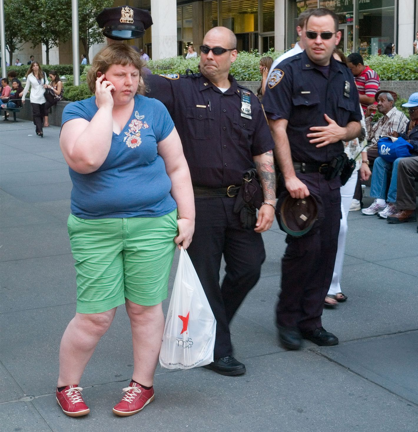 The Photographer Who Captures Fat Shaming On Camera