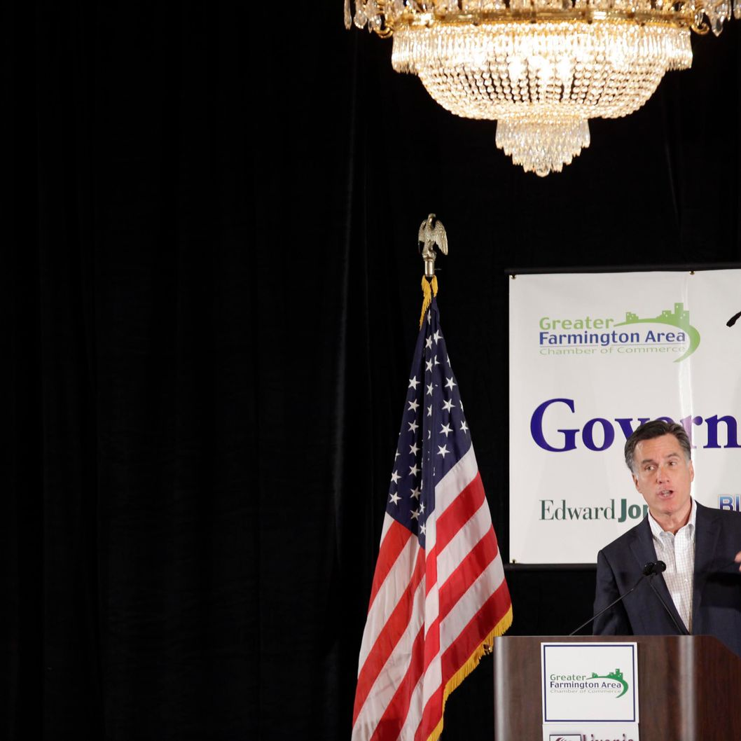 Republican presidential candidate, former Massachusetts Gov. Mitt Romney speaks to supporters at The Greater Farmington Area Chamber of Commerce luncheon February 16, 2012 in Farmington Hills, Michigan.