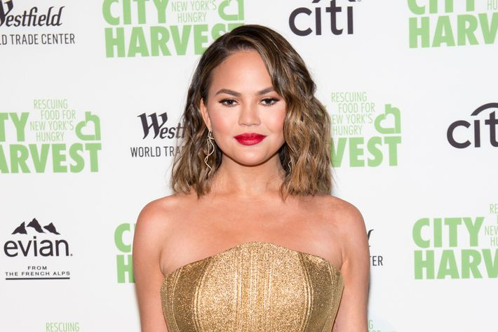 Everything's fake except my cheeks: Chrissy Teigen