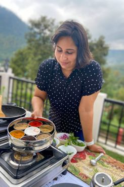 Airbnb Indian-Food Online Experience