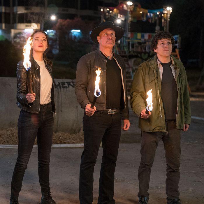 Abigail Breslin, Emma Stone, Woody Harrelson, and Jesse Eisenberg in Zombieland: Double Tap