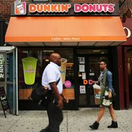 Sticky-Fingered Thief Keeps Robbing Manhattan's Dunkin' Donuts