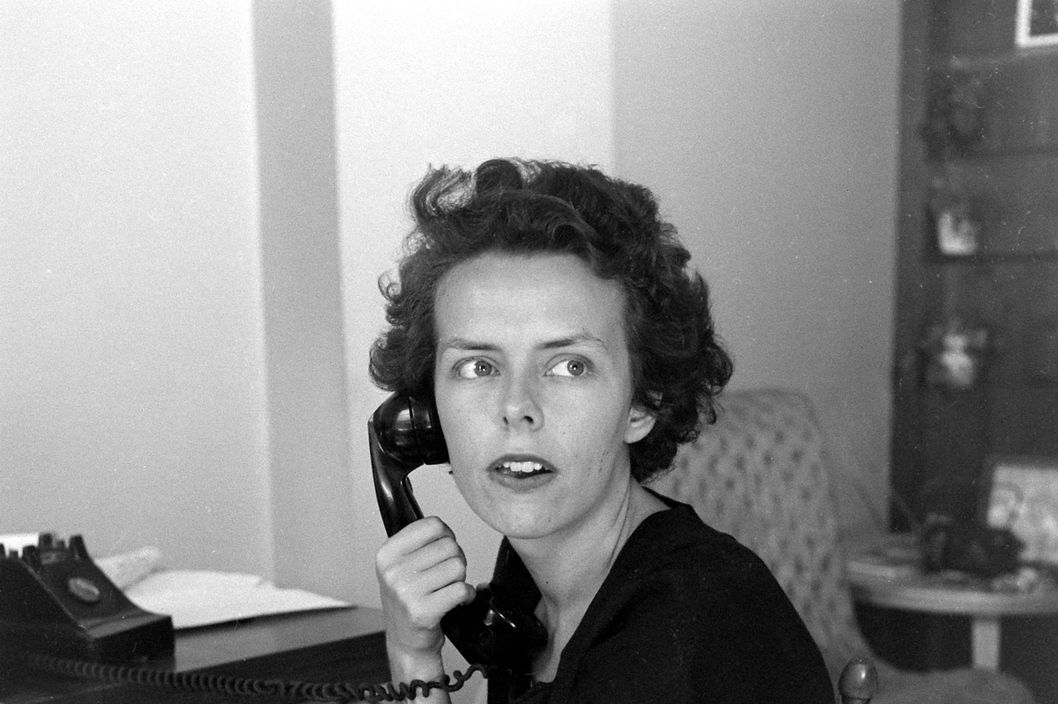 Subject: Ford Modeling agency founder Eileen Ford. New York NY 1948Photographer- Nina LeenTime Inc OwnedMerlin- 19493394
