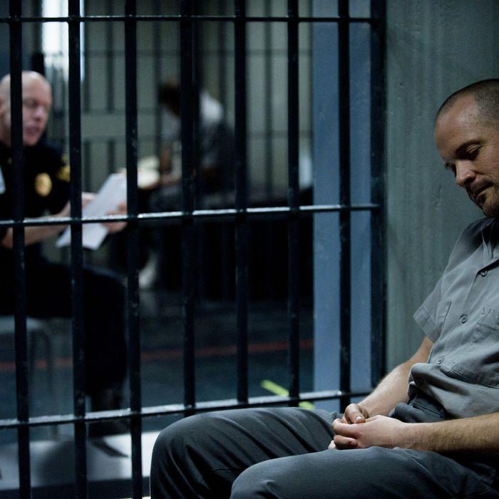 Frances Becker (Hugh Dillon) and Ray Seward (Peter Sarsgaard) - The Killing_Season 3, Episode 2_
