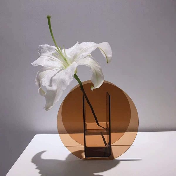Di Maggio Modern Acrylic Clear Vase