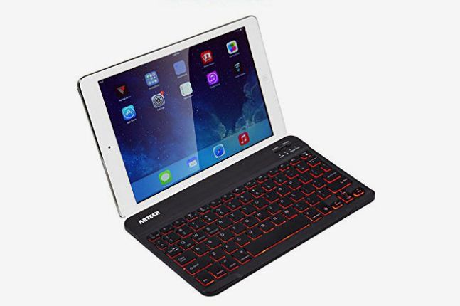 quality design 37e54 b2214 11 Best iPad Keyboards and Keyboard Cases for iPads — 2019