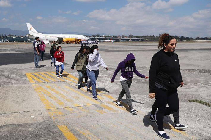 Image Management Rattles Sabers at Undocumented Immigrants Management Rattles Sabers at Undocumented Immigrants 21 deported immigrants guatemala