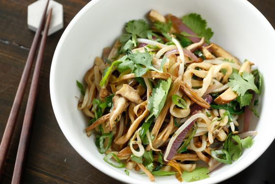 Chow noodles, bean sprouts, jalapeño, shiitake, lily flower, spiced tofu.