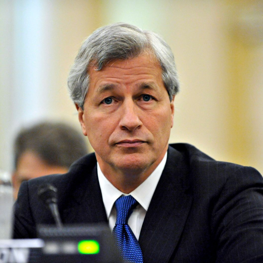 "James ""Jamie"" Dimon, chairman, president, and chief executive officer of JPMorgan Chase & Co., pauses during testimony before the Financial Crisis Inquiry Commission in Washington, D.C., U.S., on Wednesday, Jan. 13, 2010. Dimon, along with the leaders of Bank of America Corp., Morgan Stanley, and The Goldman Sachs Group Inc. defended their firms' actions and blamed the financial crisis on conditions such as low long-term interest rates and U.S. government policies that encourage and subsidize home ownership."