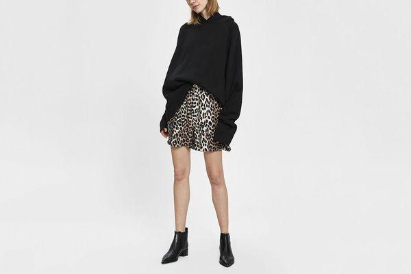 Ganni Silk Linen Leopard-Print Shorts