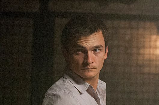 Rupert Friend as Peter Quinn in Homeland (Season 2, Episode 9). - Photo:  Kent Smith/SHOWTIME - Photo ID:  Homeland_ 209_0079
