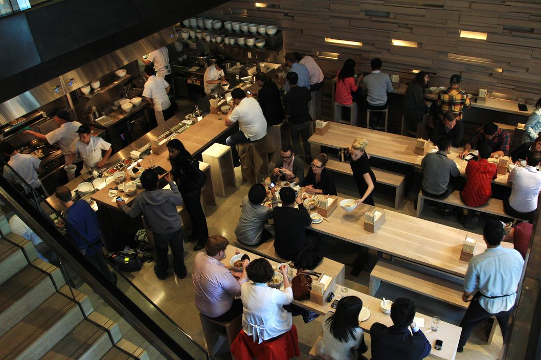 Overall of the first Toronto patrons.  Momofuku the creation of superstar chef David Chang brings his food to Toronto. The much anticipated resto is famous for noodles and pork buns.  Rene Johnston Toronto Star