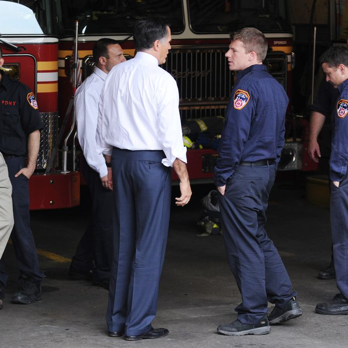 Presidential candidate, Mitt Romney and former NYC mayor Rudy Giuliani bring pizza and meet with fire fighters in SoHo in lower Manhattan